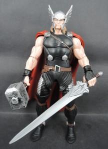 Marvel-Legends-2015-Thor-Heroic-Age-Action-Figure-e1418184465933-640x887